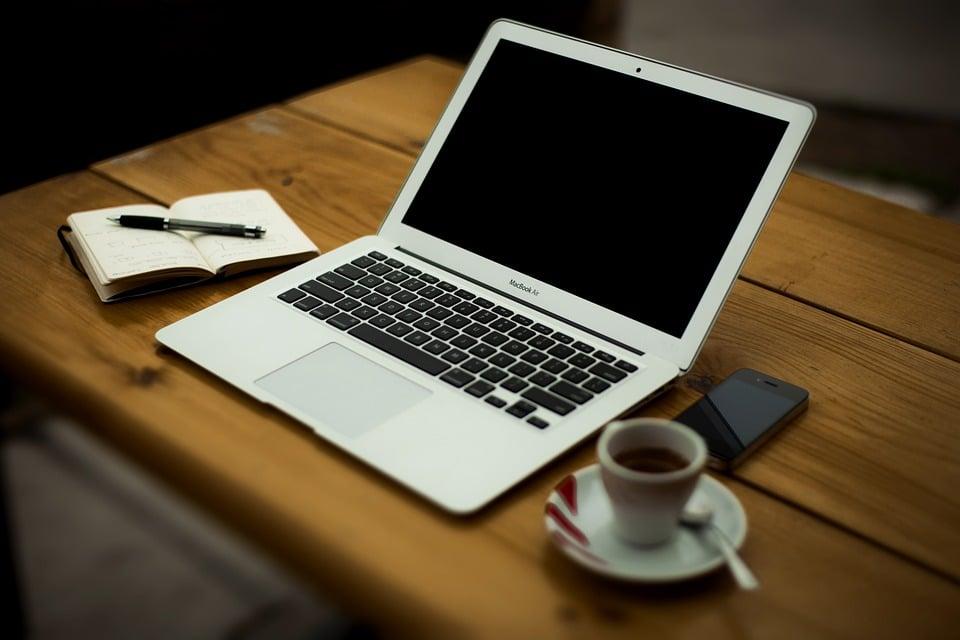 ویژگیهای یک وب سایت شخصی
